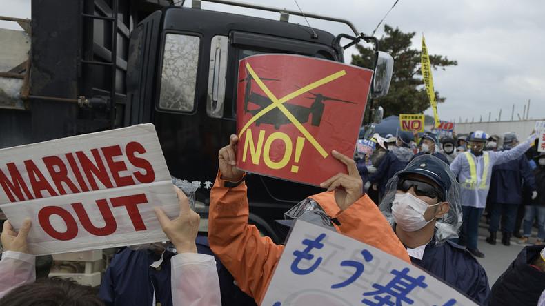 Proteste auf Okinawa nachdem US-Marine-Soldat seine Freundin und dann sich selbst tötet