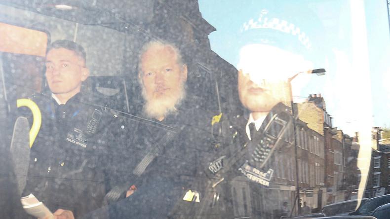Die Anklage gegen Assange ist abenteuerlich (Video)