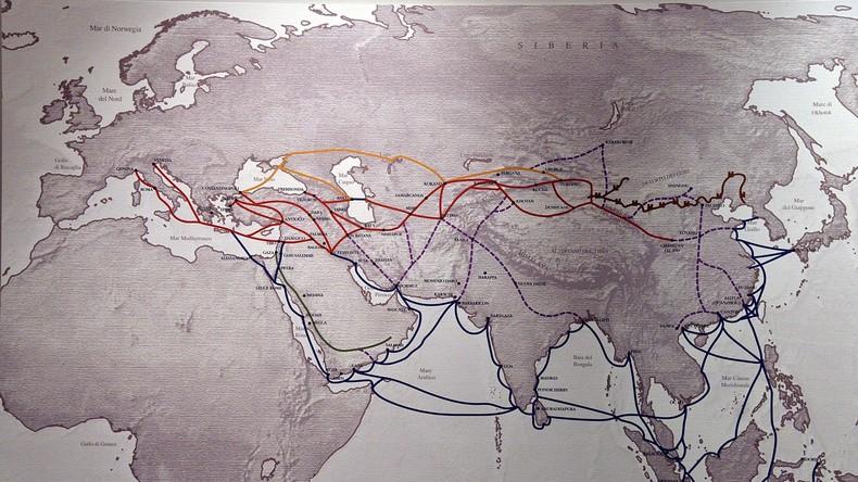 Alle Wege führen nach Peking: 17 arabische Länder schließen sich Chinas Neuer Seidenstraße an