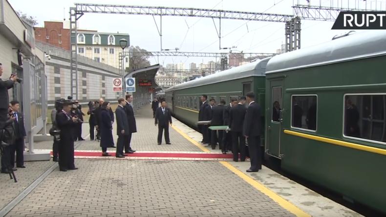 LIVE: Nordkoreas Staatschef Kim Jong-un trifft zum Gipfel mit Wladimir Putin in Wladiwostok ein
