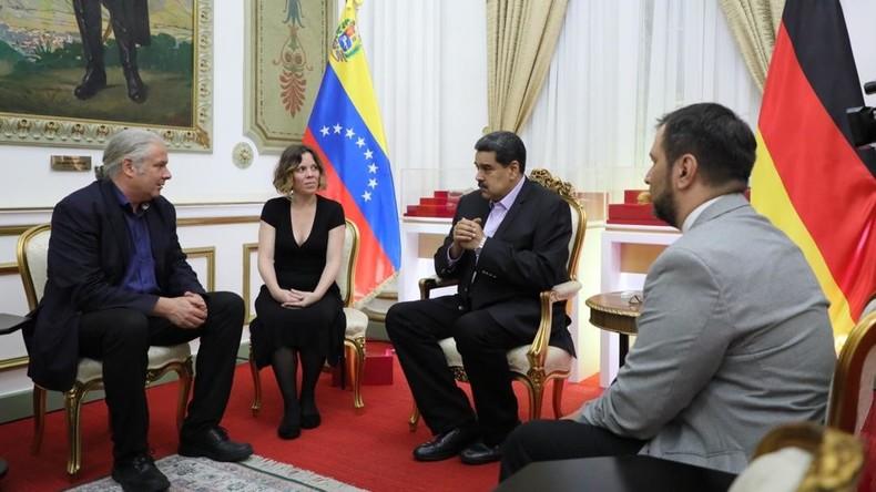 Bundestagsabgeordneter Andrej Hunko trifft venezolanischen Präsidenten Nicolás Maduro