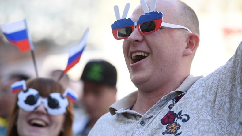 Umfrage: Fast 90 Prozent der Russen behaupten, glücklich zu sein