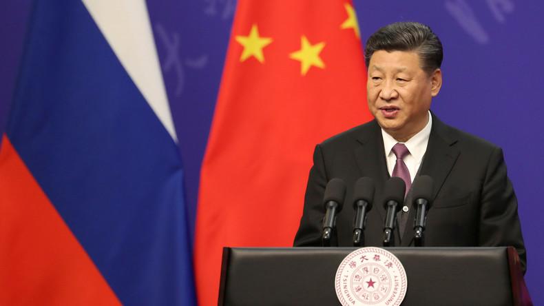 """LIVE: Chinas Präsident Xi Jinping gibt Pressekonferenz im Anschluss an """"Road and Belt Forum"""""""