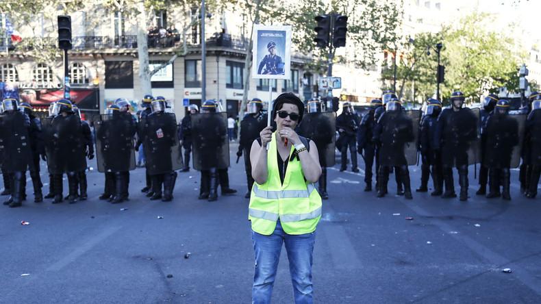 LIVE: Nach Macrons Pressekonferenz – Gelbwesten marschieren zum 24. Mal durch Paris