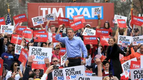 Tim Ryan auf einer Wahlkampfveranstaltung in Youngstown, US-Bundestaat Ohio, am 6. April: Sein innovatives Hauptthema lautet: Russland, Russland, Russland (ist schuld)!