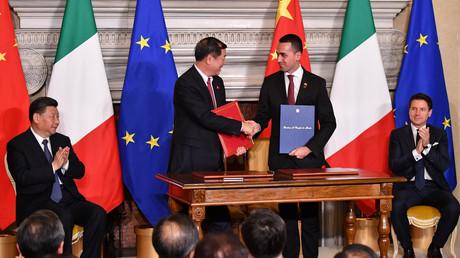 Die italienische Regierung unterzeichnet mehrere Abkommen mit China am 23. März 2019 in der Villa Madama in Rom.
