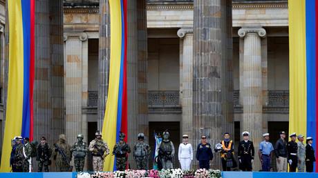 Mitglieder der kolumbianischen Sicherheitskräfte nehmen an der Vereidigung des kolumbianischen Präsidenten Ivan Duque am Bolivar-Platz in Bogota, Kolumbien, am 7. August 2018 teil.