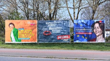 Plakate zu Europawahlen der Freien Demokratischen Partei (FDP), der Partei Die Linke und der Sozialdemokratischen Partei Deutschlands (SPD): In der Zeit vom 23. bis 26.05.2019 finden in allen europäischen Mitgliedstaten die Wahlen statt.
