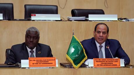 Abd al-Fattah as-Sisi, Präsident der Afrikanischen Union und Moussa Faki Mahamat in Addis Ababa, Äthiopien, 11. Februar 2019.