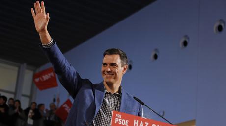 Pedro Sánchez, der spanische Ministerpräsident und Vorsitzende der Sozialistischen Arbeiterpartei Spaniens (PSOE), während einer Wahlkampfveranstaltung am 17. April 2019. Alle Umfragen sehen ihn als Wahlsieger. Ob und mit wem er weiterregieren kann, ist jedoch ungewiss.