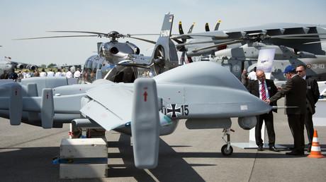 Bundeswehr-Drohne Heron 1 bei der internationalen Luft- und Raumfahrtausstellung in Schönefeld bei Berlin am 21. Mai 2014.