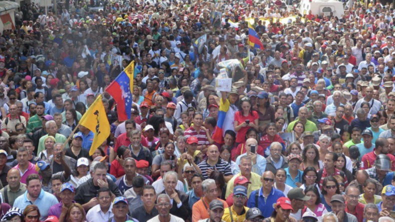 Venezuela: Maduro-Anhänger versammeln sich gegen Guaidós Umsturz-Aufruf