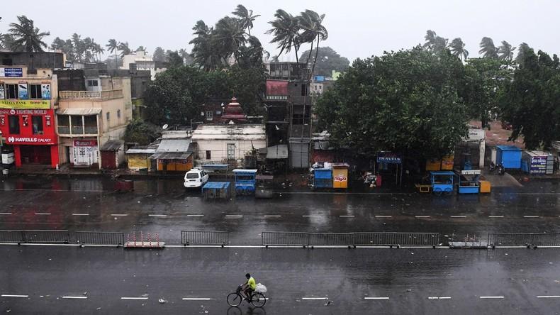 """Golf von Bengalen: Zyklon """"Fani"""" erreicht indische Küste - Mehr als eine Million Menschen evakuiert"""