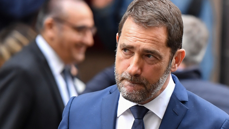 """Angriff"" auf Krankenhaus: Frankreichs Innenminister verbreitet Fake News über Demonstranten"