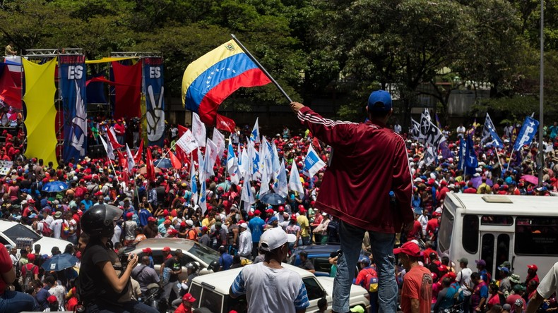 """Venezuela-Putsch, Kühnert-""""Sozialismus"""", CO2-Steuer: Ein Wochenrückblick auf den medialen Abgrund"""