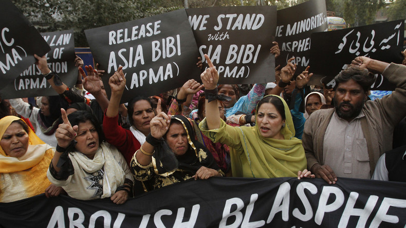 Freigelassene Christin Asia Bibi verlässt Pakistan
