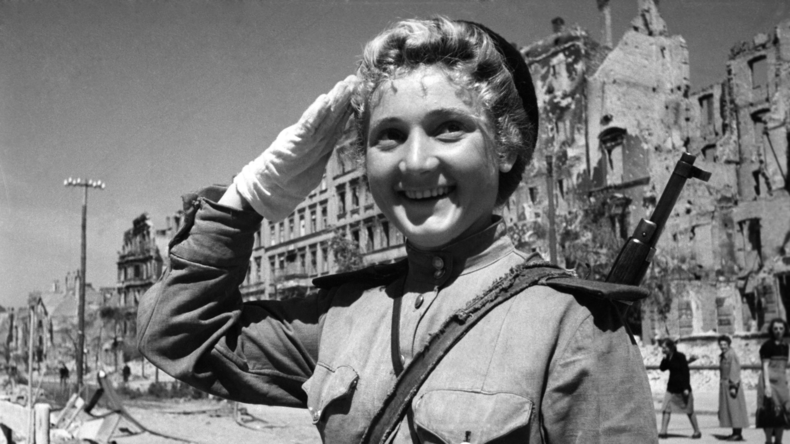 Erinnerung zum 74. Tag des Sieges über das Grauen des Zweiten Weltkrieges
