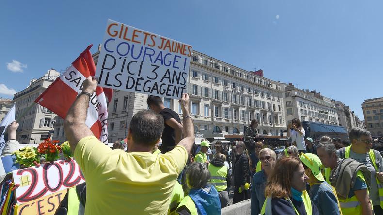 """""""Wir lassen uns nicht täuschen!"""" – Künstler solidarisieren sich mit den Gelbwesten"""