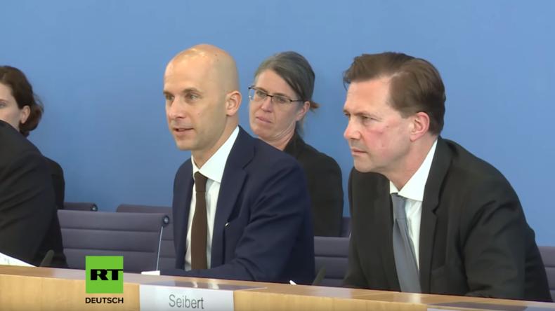 Bundespressekonferenz: Wieso gilt noch immer US-Besatzungsrecht in Deutschland?