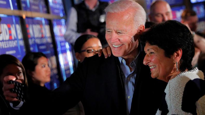 Fragliche Vergangenheit: US-Präsidentschaftskandidat Joe Biden gerät zunehmend unter Druck (Video)