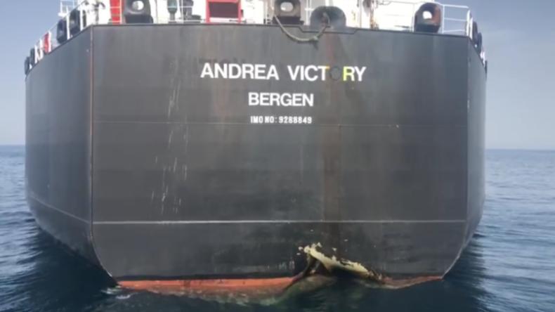 RT-Reporter filmt Schäden an vermeintlich sabotierten Handelsschiffen im Hafen von Fudschaira