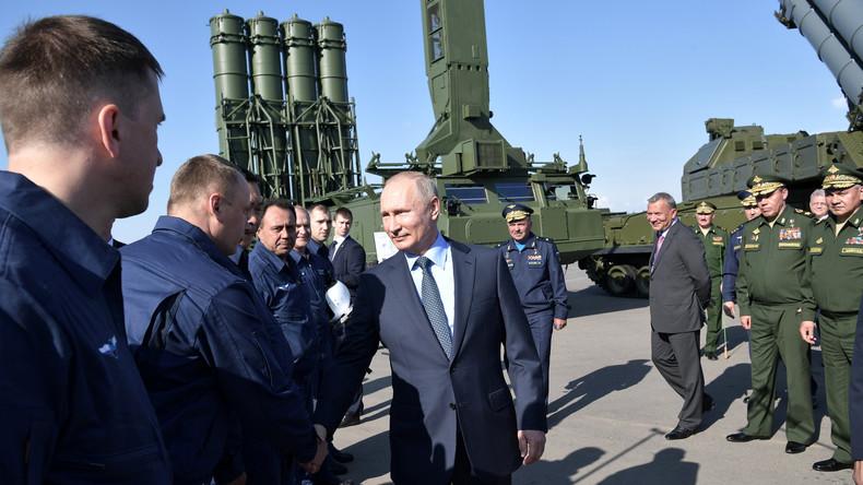 Aufzeichnung: Putin und US-Außenminister Pompeo treffen sich in Sotschi