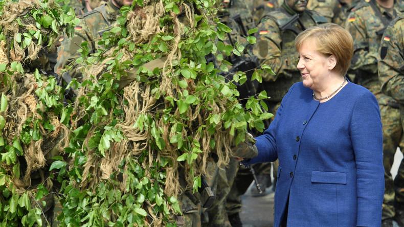 """Merkel bei der Bundeswehr: """"Höhere Rüstungsausgaben, weil die Partner das erwarten"""""""