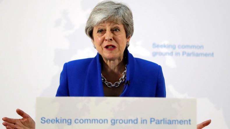 Theresa May: Parlament soll über ein neues Referendum entscheiden können