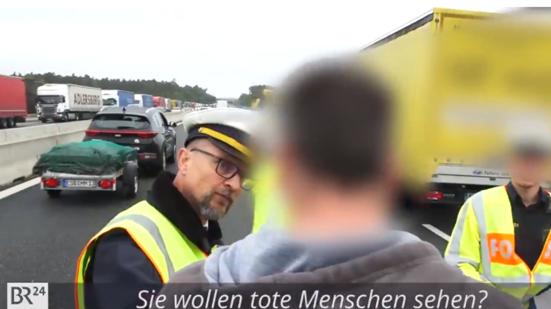 """Polizist konfrontiert Gaffer mit Unfallopfer: """"Sie wollten doch Tote sehen!"""""""