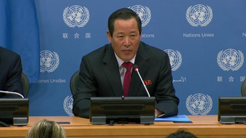 """UN: """"Akt der Enteignung"""" – Botschafter Nordkoreas wütend über Schiffsraub durch USA"""