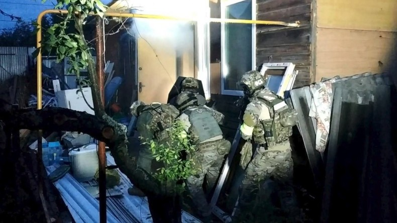 Russische Spezialkräfte stürmen Terroristen-Versteck in Zentralrussland (Video)