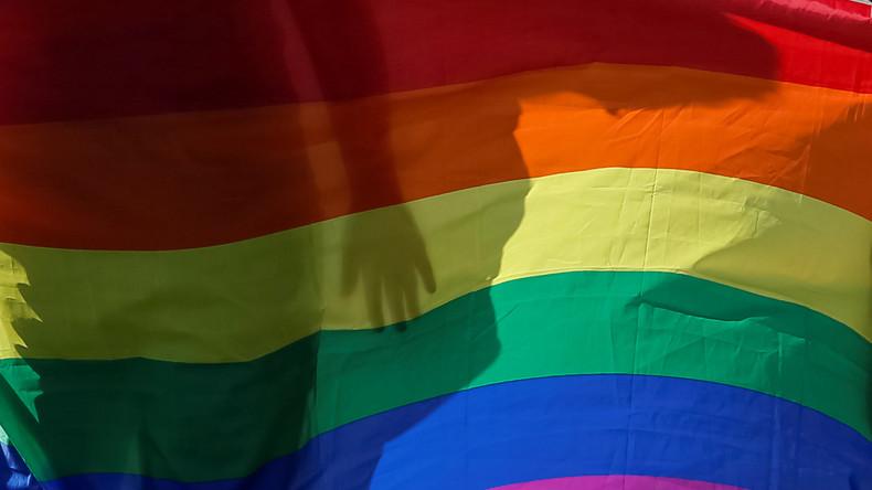 """Grüne, Linke und FDP: Grundgesetz soll """"sexuelle Identität"""" aufnehmen"""