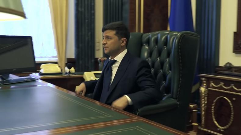 """""""Unbequem"""": Selenskij klagt über Präsidentensessel und will in Open-Space-Büro umziehen"""