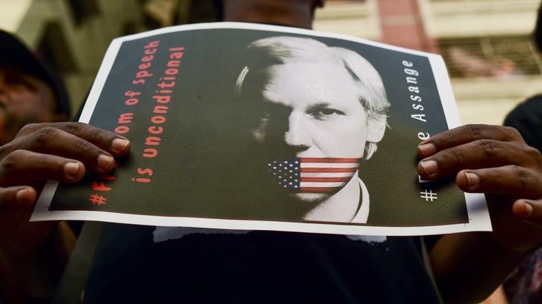 Assange drohen über 170 Jahre Gefängnis nach neuer US-Anklage (Video)