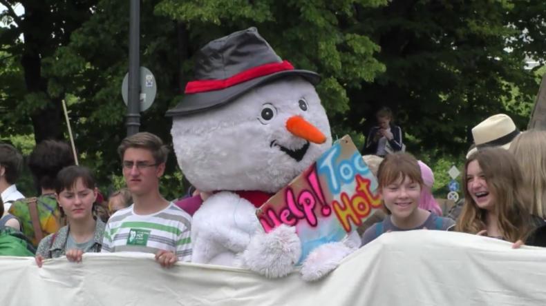 Deutschland: Klimaproteste in Berlin und Frankfurt