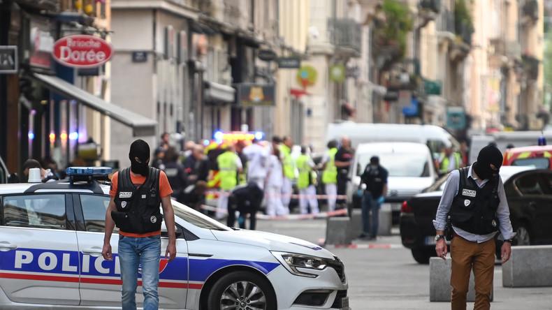 Explosion mit mehreren Verletzten durch Paketbombe in Lyon: Anti-Terror-Ermittlungen gestartet