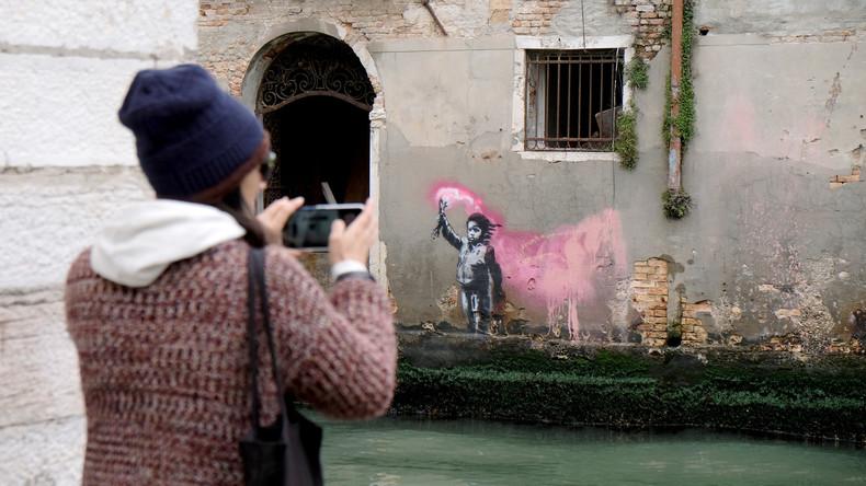 Banksy bekennt sich zu Graffito in Venedig