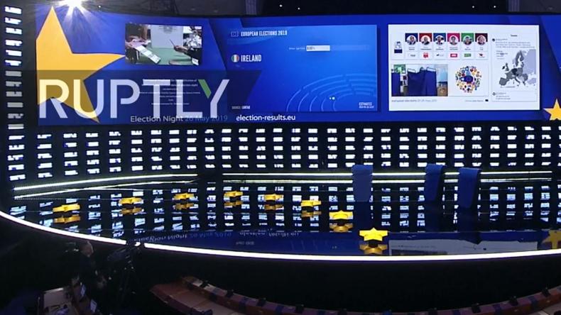 LIVE aus Brüssel: Wahlabend im Europäischen Parlament: Ankunft, Ergebnisse und Reaktionen