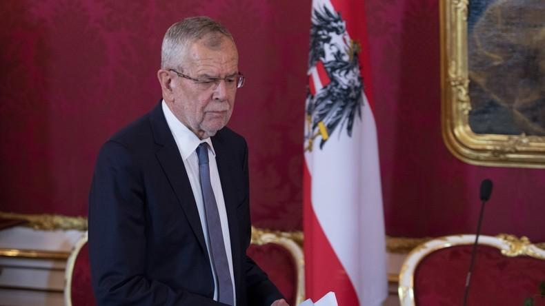 LIVE: Österreich - Bundespräsident Van der Bellen löst offiziell Regierung auf