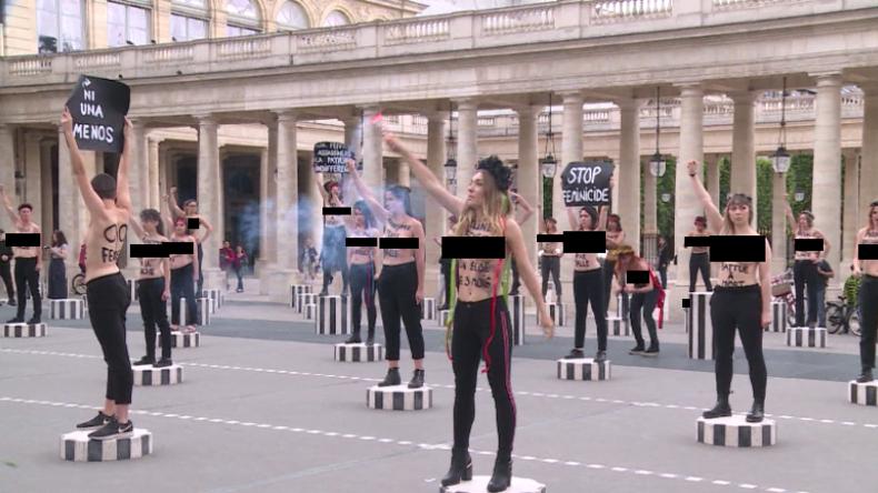 Frankreich: Dutzende Femen-Aktivistinnen protestieren gegen männliche, tödliche Gewalt gegen Frauen
