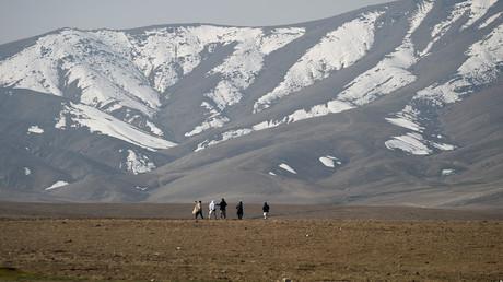 Weites Land: Schneebedeckte Berge in der Provinz Parwan im März 2019