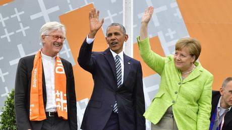 Unter Freunden: Bischof Bedford-Strohm zusammen mit dem damaligen US-Präsidenten Barack Obama und Kanzlerin Merkel beim Evangelischen Kirchentag in Berlin im Mai 2017