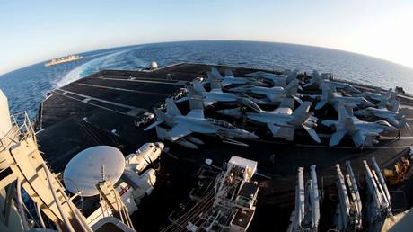 Der Flugzeugträger USS Abraham Lincoln wurde in die Golf-Region verlegt.