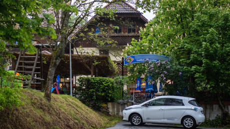 Gasthof in Passau, Tatort eines mutmaßlichen Verbrechens mit drei Toten