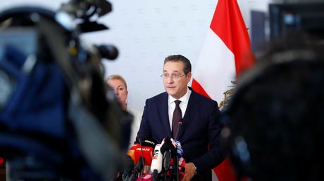 Der österreichische Vizekanzler Heinz-Christian Strache verkündete am 18. Mai 2019 in Wien vor der Presse seinen Rücktritt von allen politischen Ämtern.