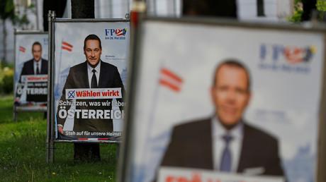 Wahlplakate mit Heinz-Christian Sprache von der FPÖ, Wien, Österreich, 10. Mai 2019.