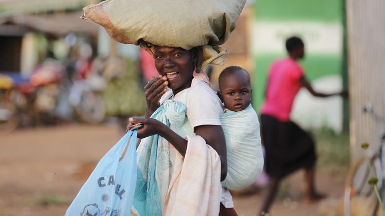 Tansania führt Verbot von Plastiktüten ein
