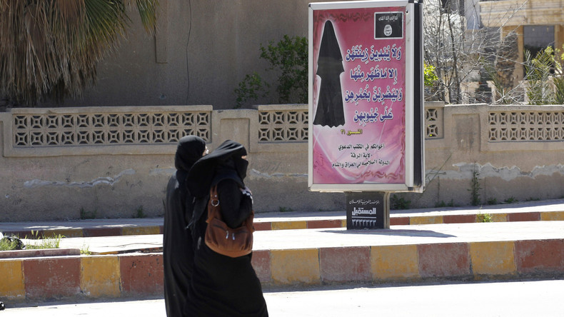 Prozess gegen mutmaßliche IS-Anhängerin Jennifer W. in München: Gewaltmaterial auf Handy entdeckt