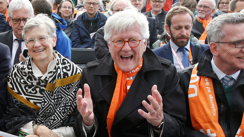 """Evangelische Kirche fordert """"Koalition der Willigen"""" bei Aufnahme von Bootsflüchtlingen"""