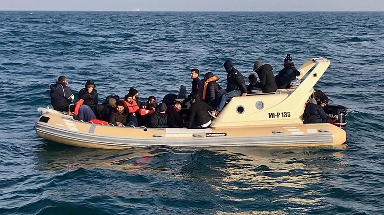 Frankreich: Imam als Fluchthelfer verurteilt